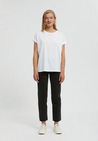 ARMEDANGELS - Straight leg jeans - black-grey - 1