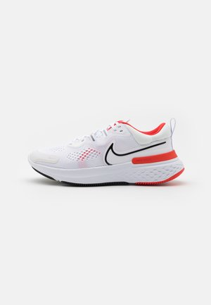 REACT MILER 2 - Zapatillas de running neutras - white/black/chile red/platinum tint