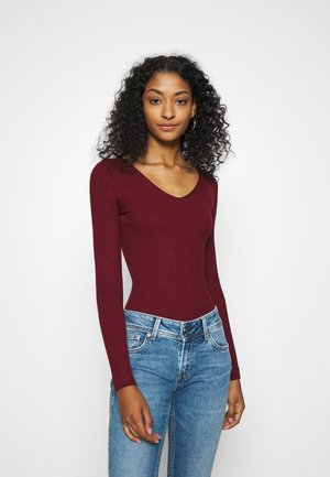 BASIC- V-neck jumper - Sweter - burgundy