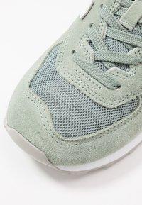 New Balance - WL574 - Sneakers basse - green - 2