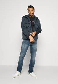 Jack & Jones PREMIUM - JPRRYAN JACKET - Summer jacket - blueberry - 1