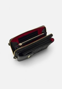 Love Moschino - CHAIN WALLET AND PHONE XBODY - Wallet - nero - 2