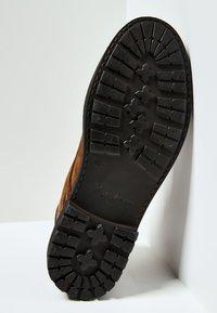 Pepe Jeans - PORTER  - Šněrovací kotníkové boty - cognac - 4