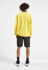 PULL&BEAR - Sweatshirt - yellow - 2