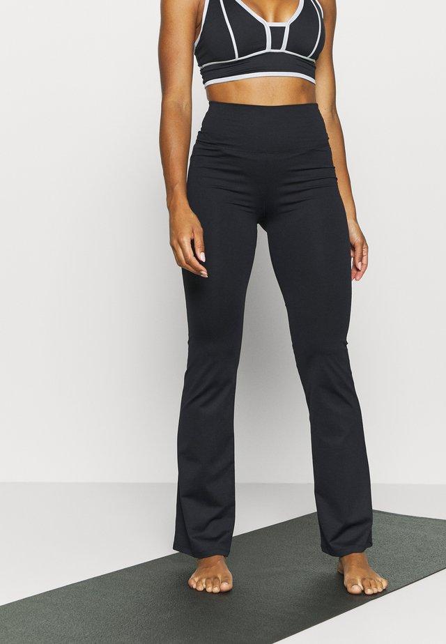 TRUMPET - Pantaloni sportivi - black