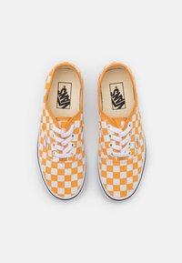 Vans - VANS AUTHENTIC X OPENING CEREMONY - Sneakers - golden nugget/true white - 5