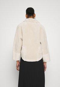 Oakwood - HELEN REVERSIBLE - Light jacket - light beige - 2