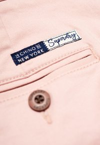 Superdry - CITY - Shorts - pink - 5