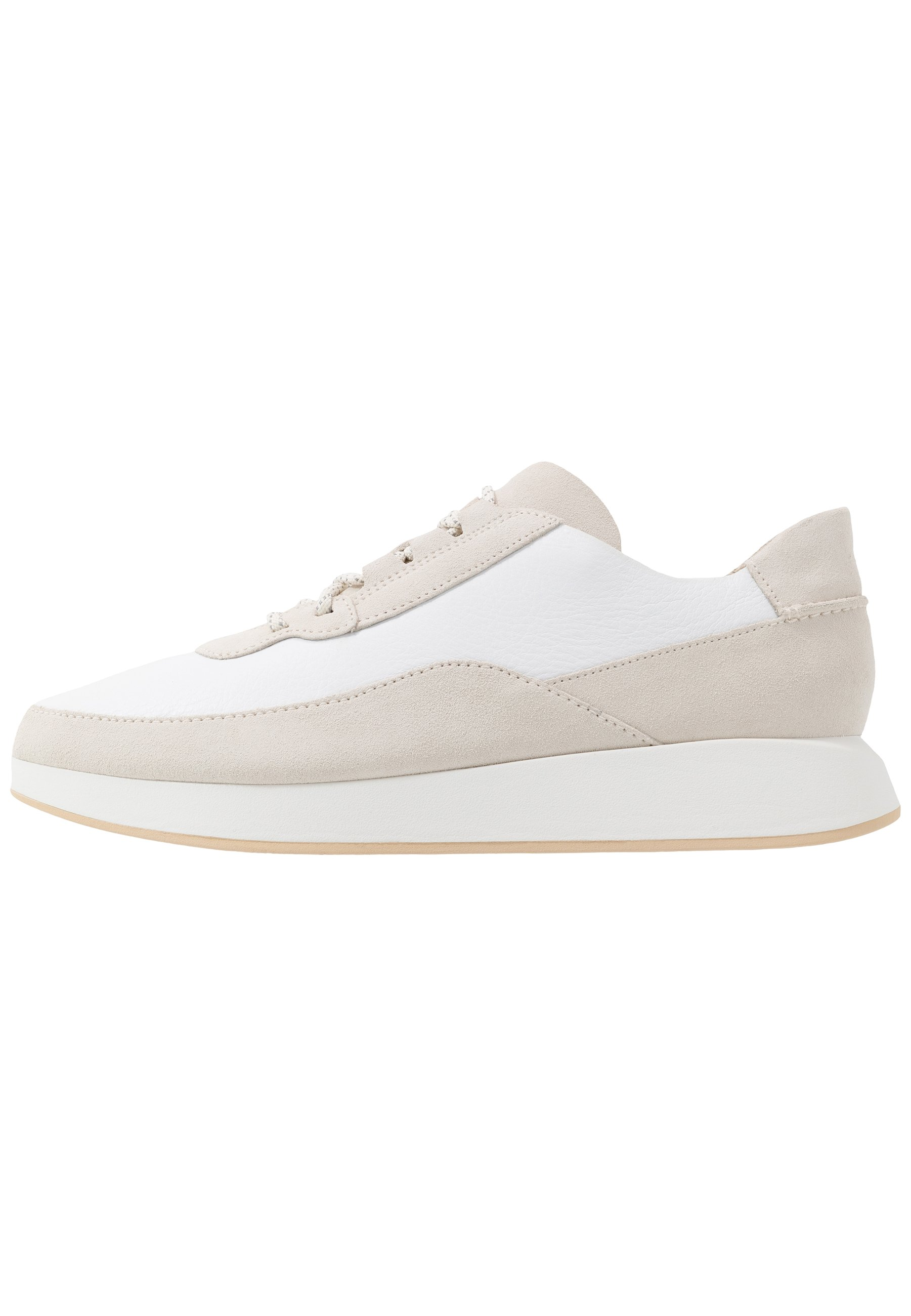 Clarks Originals KIOWA PACE Joggesko white Zalando.no