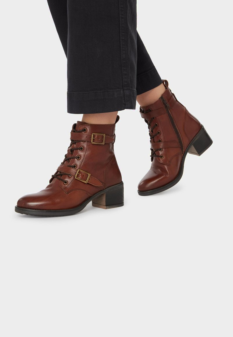 Dune London - Cowboy/biker ankle boot - orange