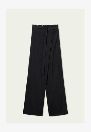 MIT SCHÄRPE - Trousers - nero