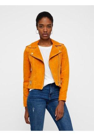 VMROYCE - Leather jacket - orange