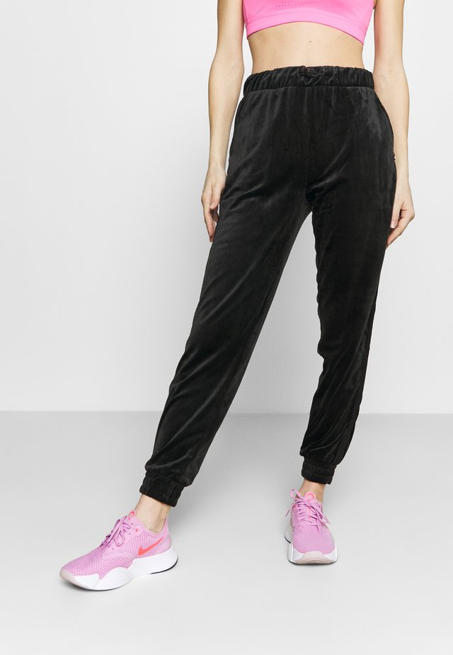 CUFFED PANTS - Teplákové kalhoty - black