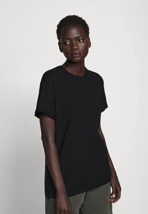 LARIMA - Basic T-shirt - schwarz