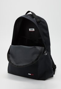 Tommy Jeans - CAMPUS GIRL BACKPACK - Rucksack - black - 4