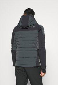 Kjus - MEN SIGHT LINE  - Ski jacket - dark jet green/black - 2