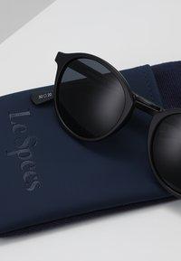 Le Specs - PARADOX - Sunglasses - black - 2