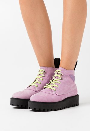ROCKY - Ankle boots - lavender