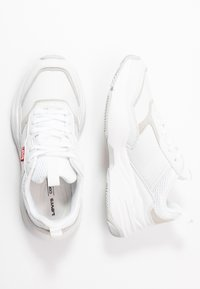 Levi's® - WEST - Trainers - regular white - 3