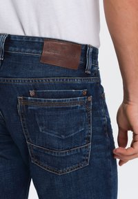 Cross Jeans - DYLAN - Straight leg jeans - dark-blue - 4