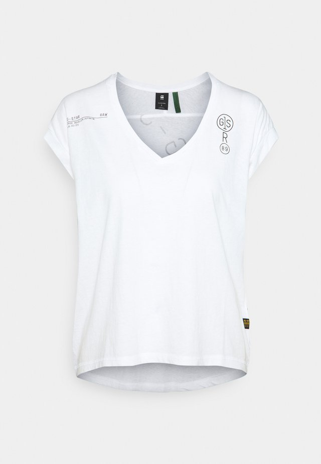 BACKPRINT LOOSE V NECK - T-shirt con stampa - white