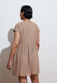 OYSHO - GINGHAM  - Day dress - brown - 1