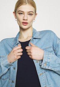 Pepe Jeans - BELLROSE - Basic T-shirt - thames - 3