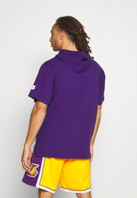 Mitchell & Ness - NBA LOS ANGELES LAKERS GAMEDAY HOODY - Hoodie - purple - 2
