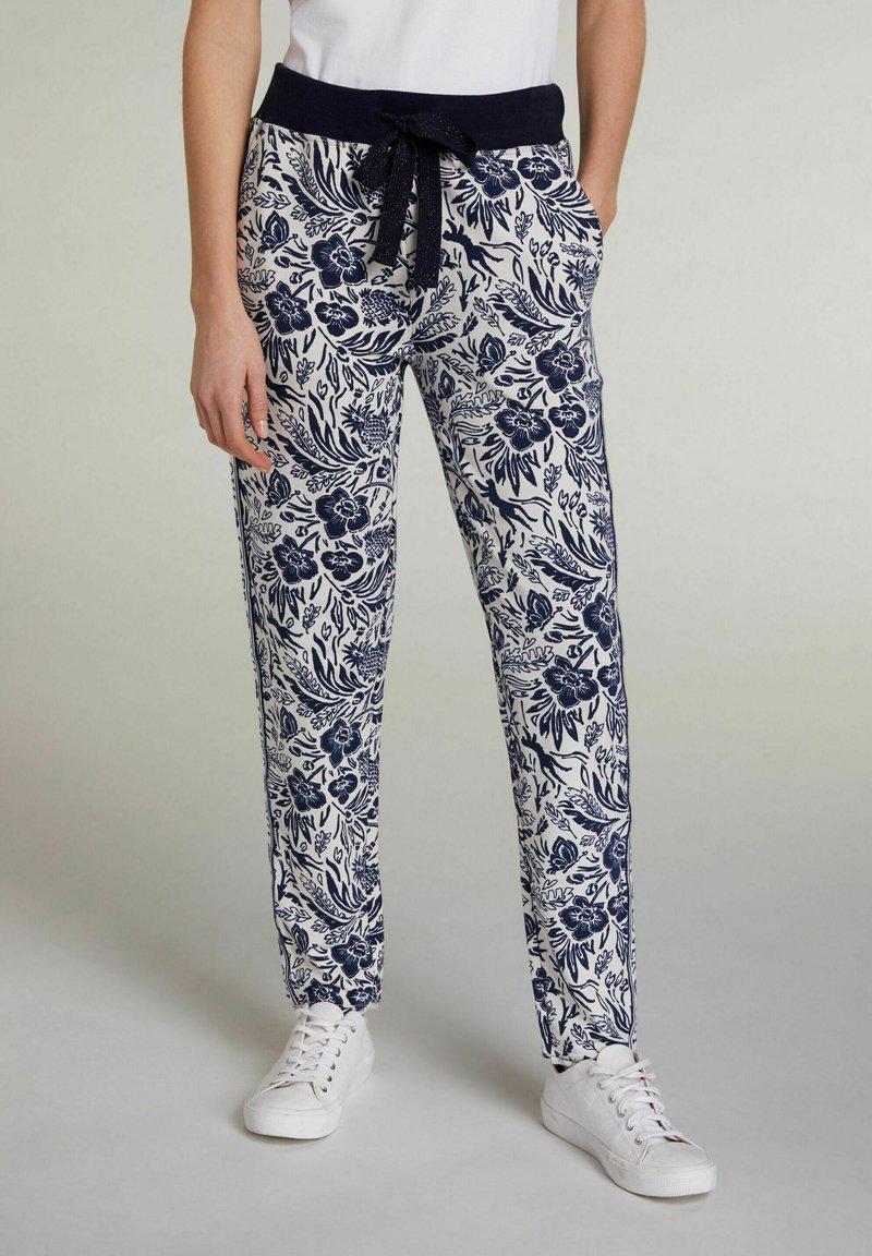 Oui - Tracksuit bottoms - white blue