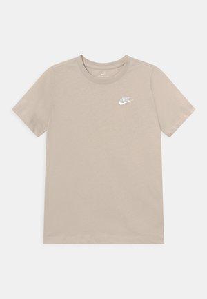 FUTURA TEE  - Basic T-shirt - desert sand