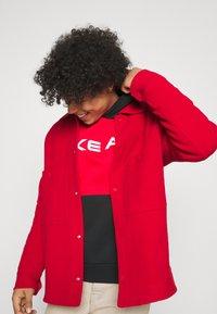 Nike Sportswear - AIR HOODIE - Hoodie - university red/black/white - 4