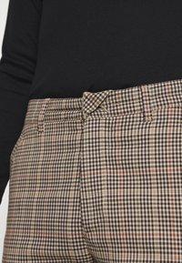 DRYKORN - BREW - Trousers - braun - 3