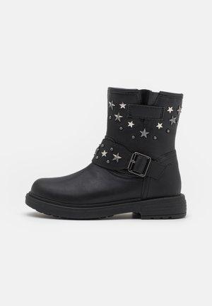 ECLAIR GIRL - Cowboy/biker ankle boot - black