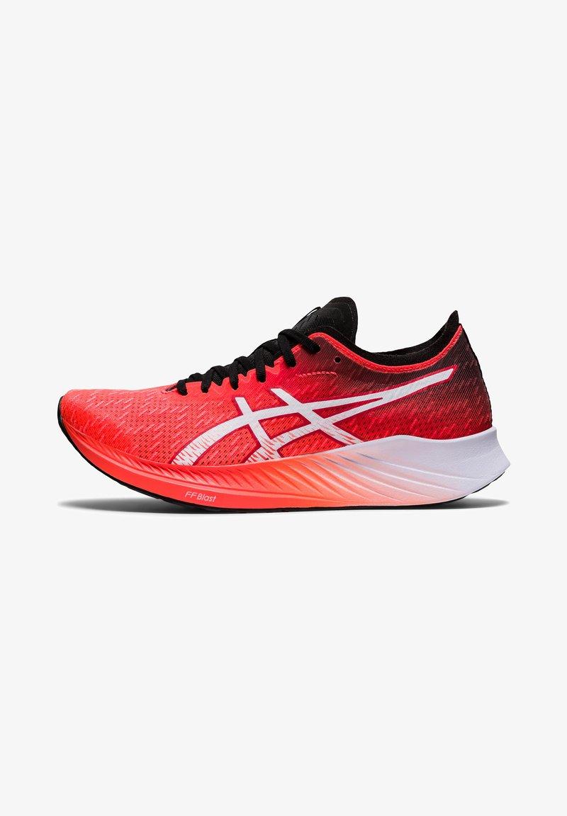 ASICS - MAGIC SPEED - Tekmovalni tekaški čevlji - sunrise red/white