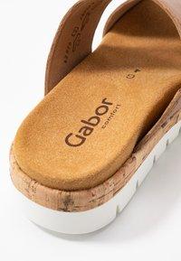 Gabor Comfort - Mules - camel - 2