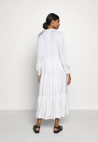 Résumé - TALA DRESS - Kjole - white - 2