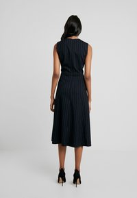 IVY & OAK - MIDI DRESS - Day dress - navy blue - 2