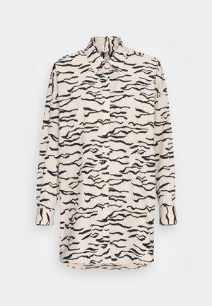Button-down blouse - off white