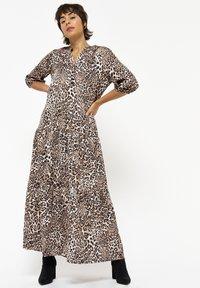 LolaLiza - Maxi dress - camel - 0