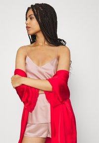 Anna Field - SIMPLE  SHORT SET - Pyjama set - pink - 3