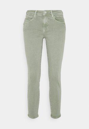 ADRIANA - Jeans Skinny Fit - seagrass