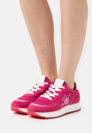 BEVINDA  - Baskets basses - pink