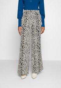 Fabienne Chapot - PUCK TROUSER - Trousers - black/offwhite - 0