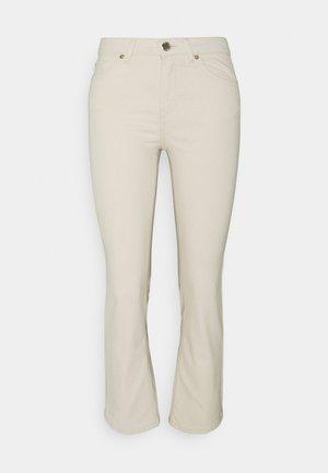 ONLKENYA LIFE - Jeans slim fit - ecru