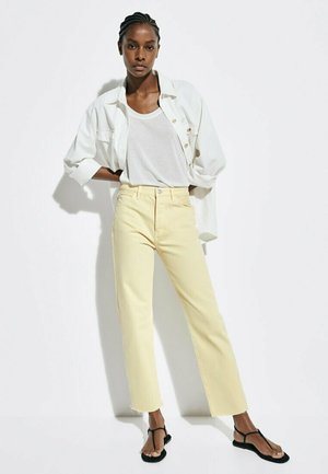 Flared jeans - yellow