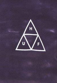 HUF - SKY WASH TEE - Print T-shirt - vintage violet - 2