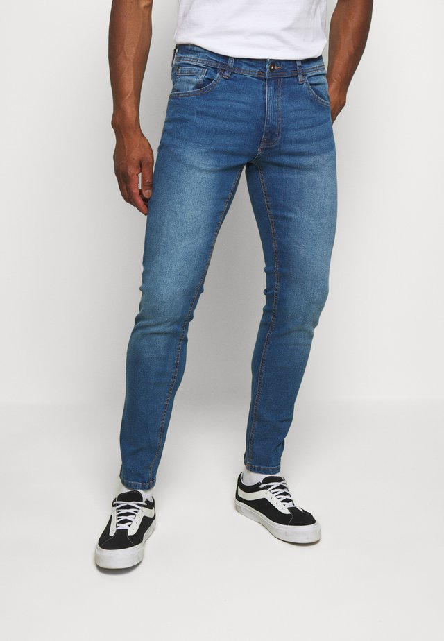 NEW YORK - Jeansy Slim Fit - light blue