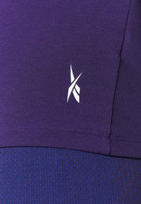 Reebok - SUPREMIUM LONG SLEEVE - T-shirt sportiva - purple - 5