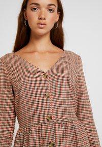 Blendshe - TAMMY - Shirt dress - orange - 5