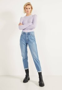 Bershka - MOM - Straight leg jeans - light blue - 1